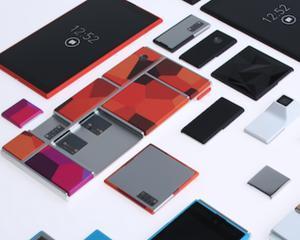 """Motorola doreste sa lanseze smartphone-ul """"cu de toate"""""""